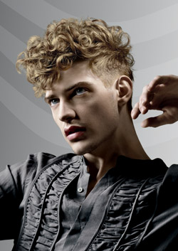Hombres Con Pelo Rizado Que Tipos De Cortes Pelotendencias - Cortes-de-pelo-rizado-hombre