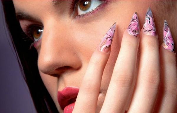 Tendencias en manicura uñas afiladas para 2013