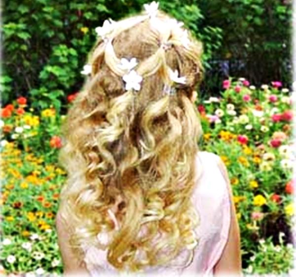 peinados,niñas,comunión,con,flores