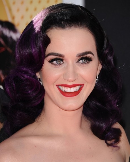 Katy-Perry-peinados-retro